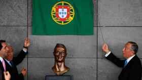 La escultura de Cristiano Ronaldo, protagonista del aeropuerto de Funchal.