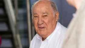 Mamógrafos y aceleradores: así se gasta la donación de Ortega contra el cáncer