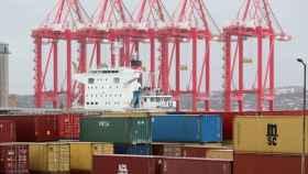 Trabajos de estiba en un puerto español.