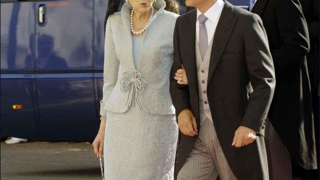 Rafael del Pino junto a su madre, Ana María Calvo-Sotelo.
