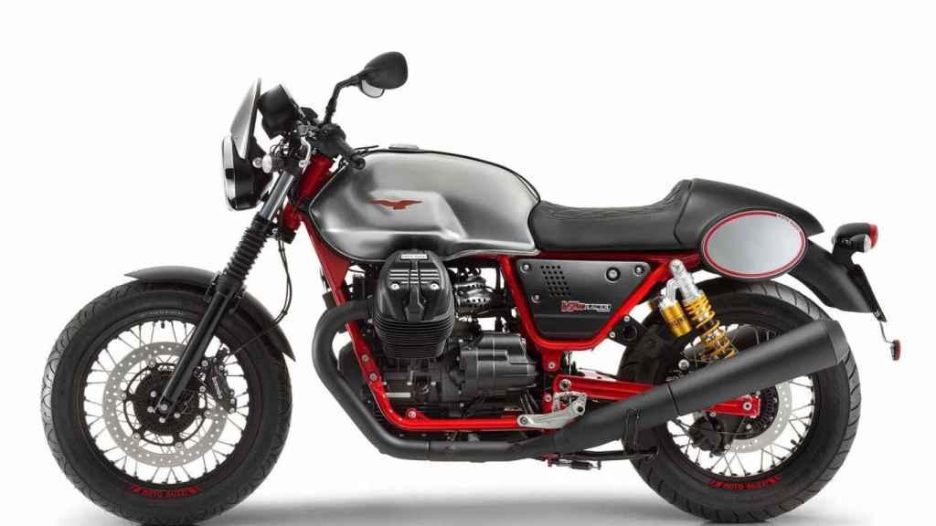 moto-guzzi-v7-iii-2017-03