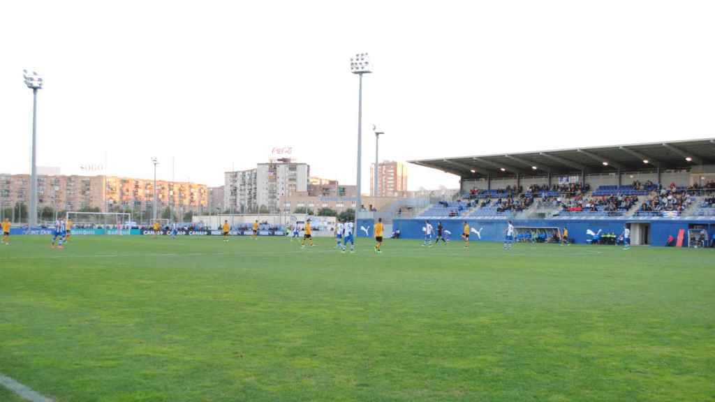 Imagen de un estadio de 2ª División B en una jornada dominical.