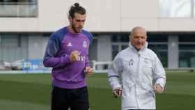 Bale hace carrera continua sobre el césped
