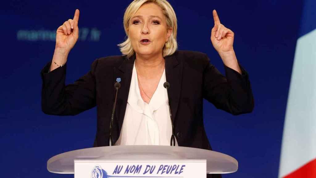 Le Pen durante uno de sus mítines de campaña hace unos días
