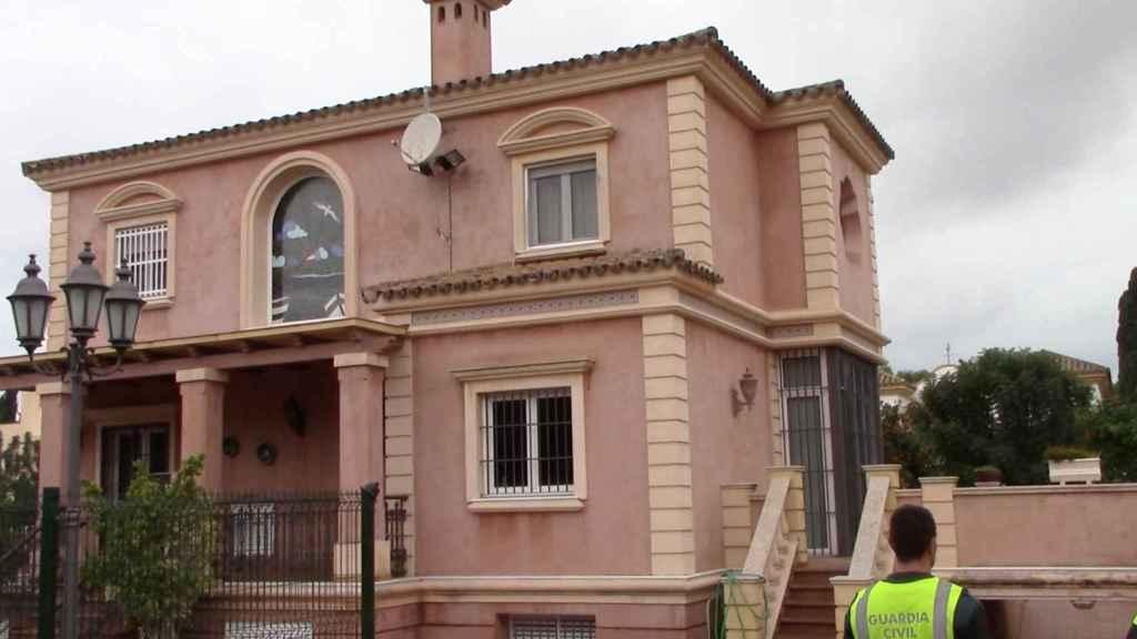 Una de las casas utilizada para producir marihuana.