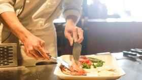mujer_cocinando