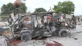 Al menos 15 muertos en un atentado contra un convoy militar en Somalia