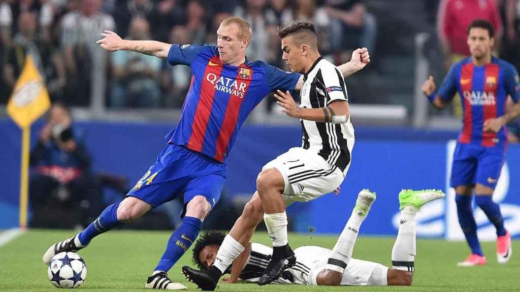 Jeremy Mathieu, durante un partido entre la Juventus y el Barcelona