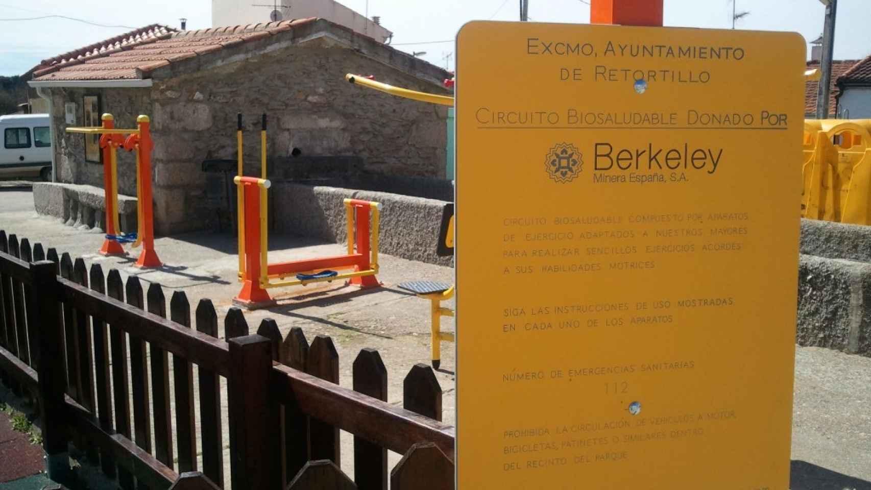 En Retortillo hay un parque biosaludable financiado por la minera.