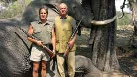 Juan Carlos I junto a Jeff Rann, director de Rann Safaris.