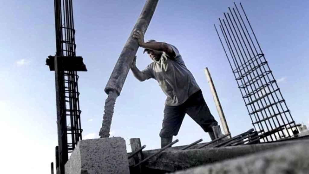 Las pasadas inversiones inmobiliarias lastran la productividad española
