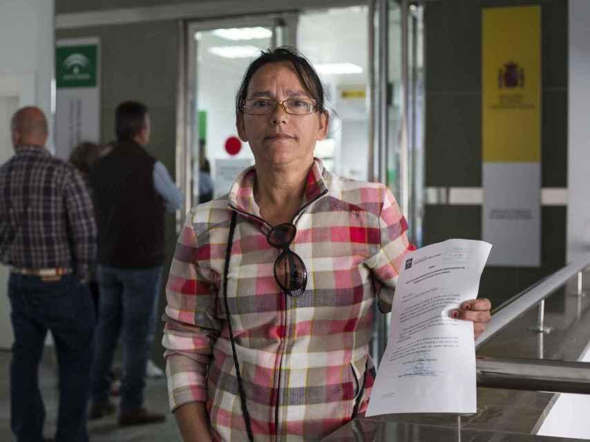 Manuela Rosado lleva 11 años sin trabajar, salvo los 15 días que pasó limpiando dependencias municipales durante dos horas cada jornada.