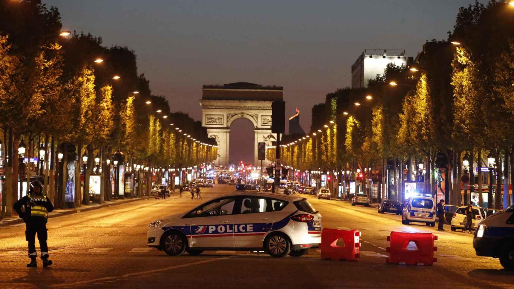 El tiroteo en París, en imágenes