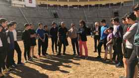 Morante y los alumnos de la escuela taurina de la Comunidad