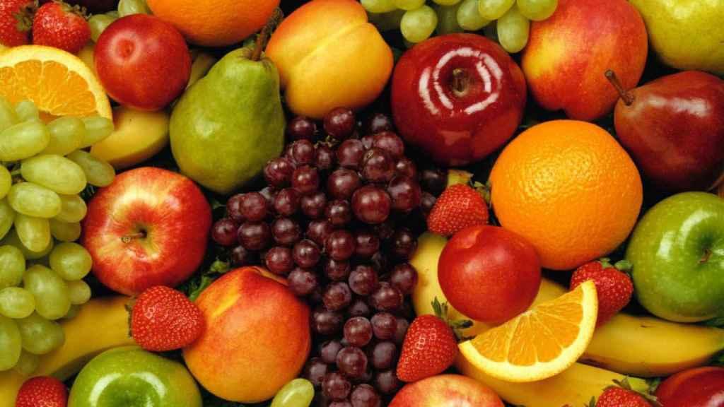 Varias piezas de fruta