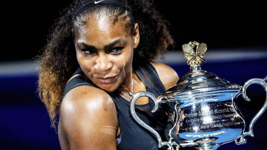 Serena, con el título de campeona del Abierto de Australia este año.