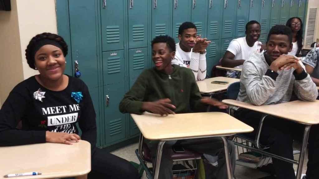 Algunos de los estudiantes en el vídeo en el que cuentan sus planes