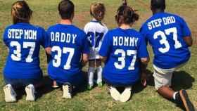 Sí, el número de esta familia bien avenida es el 37