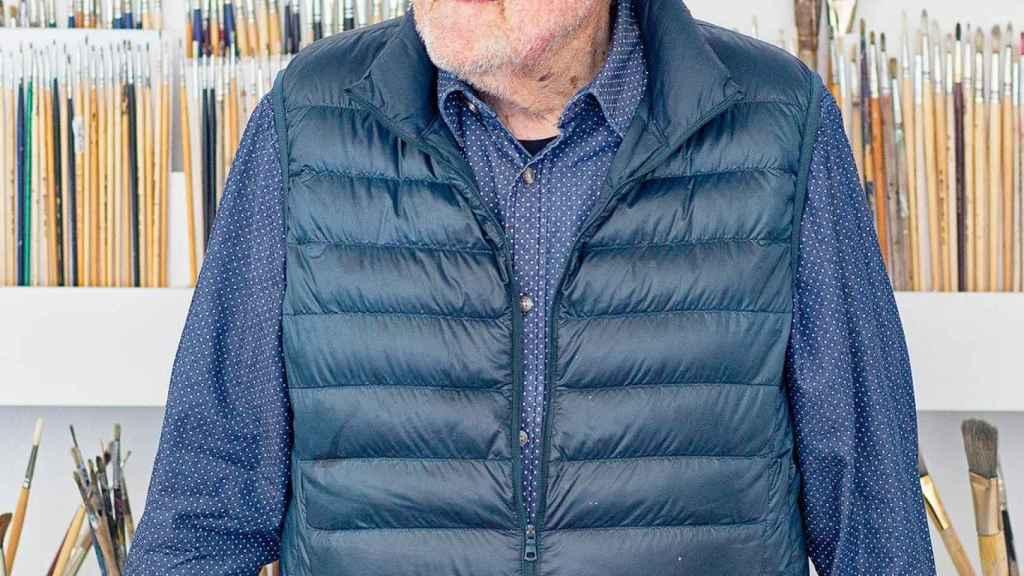 Juan Genovés en su estudio de Madrid.
