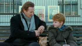 En 'Love Actually' Liam Neeson experimentó eso de tener conversaciones trascendentales con su hijo