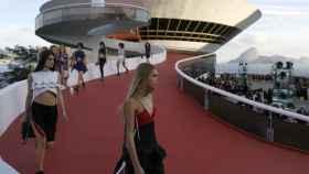 Momento del desfile de la pasada colección Crucero en Río de Janeiro. |Foto: GTRES.