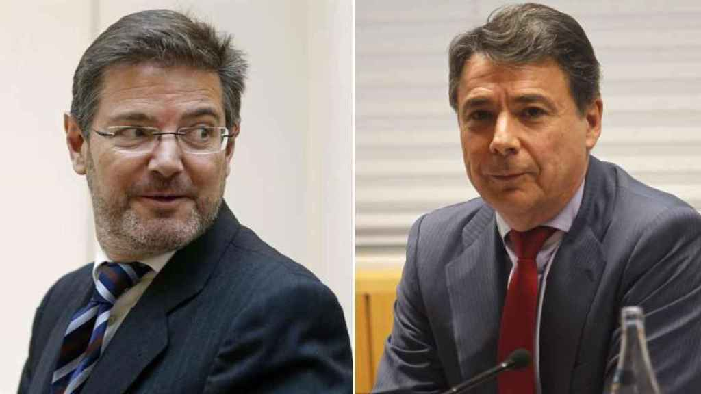 El ministro de Justicia, Rafael Catalá, y el expresidente de la Comunidad de Madrid Ignacio González