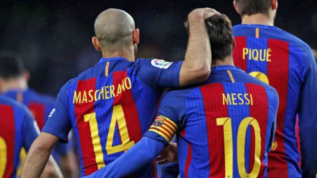 Messi y Mascherano celebran un gol ante el Osasuna   Foto: fcbarcelona.es