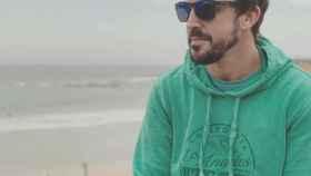 Alonso es la imagen de su nueva marca de ropa lifestyle.   Foto: Kimoa.