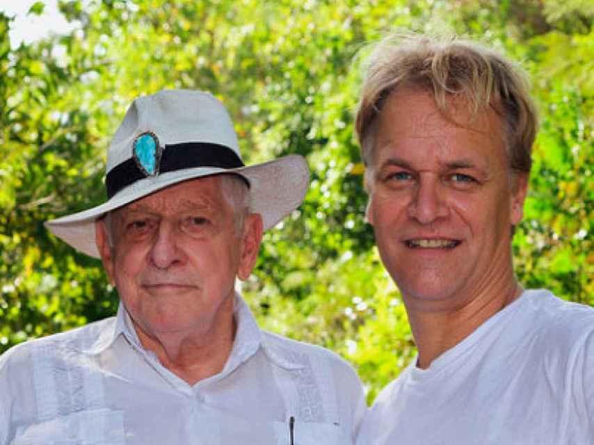 John Humble (izquierda), creador del MMS, con su discípulo en Europa, Andreas Kalcker, a la vez mentor de Pàmies.