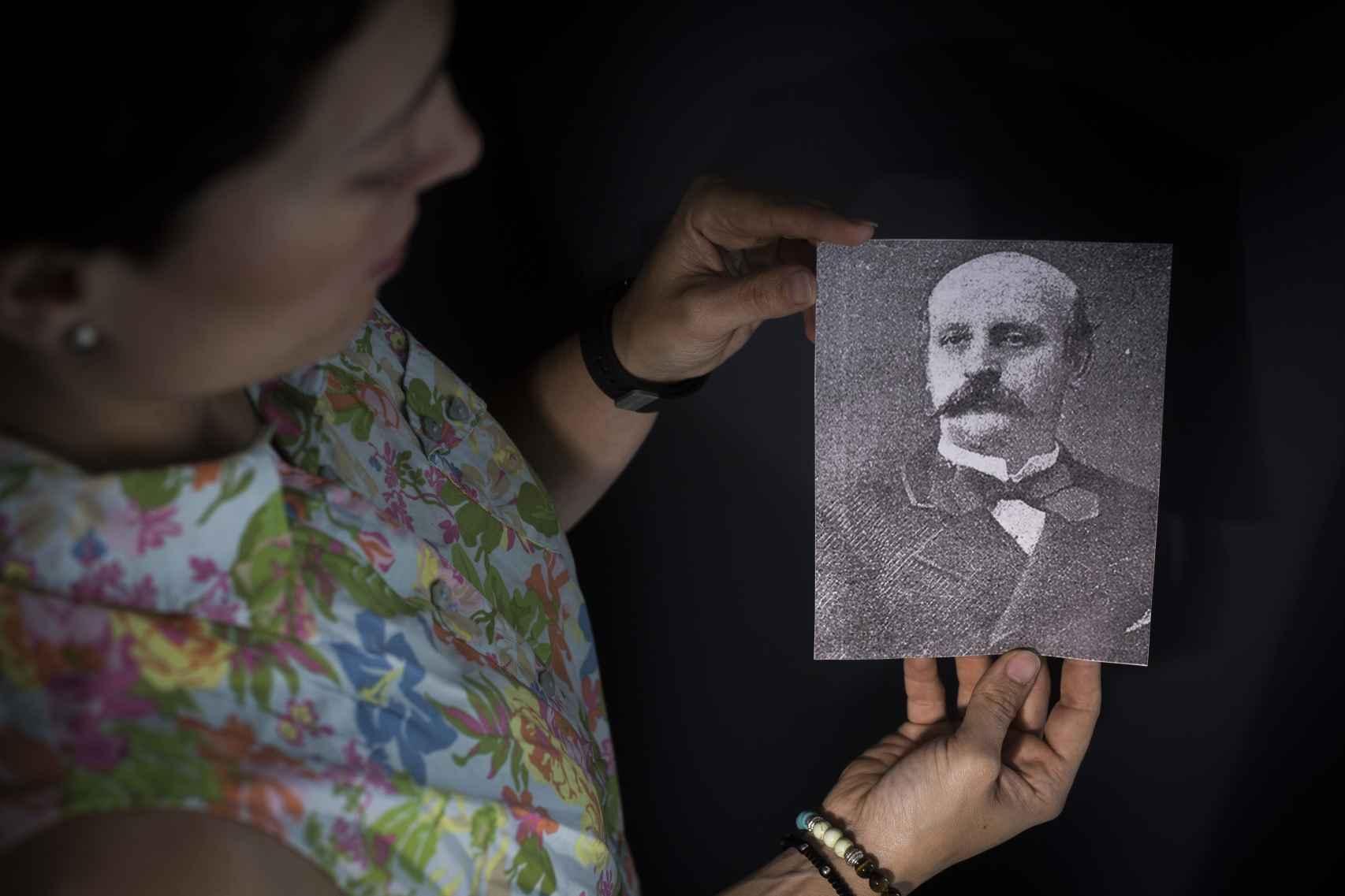 Almudena Bonaplata, descendiente del empresario catalán José Bonaplata, cofundador de la feria del ganado que dio origen a la actual Feria de Sevilla.