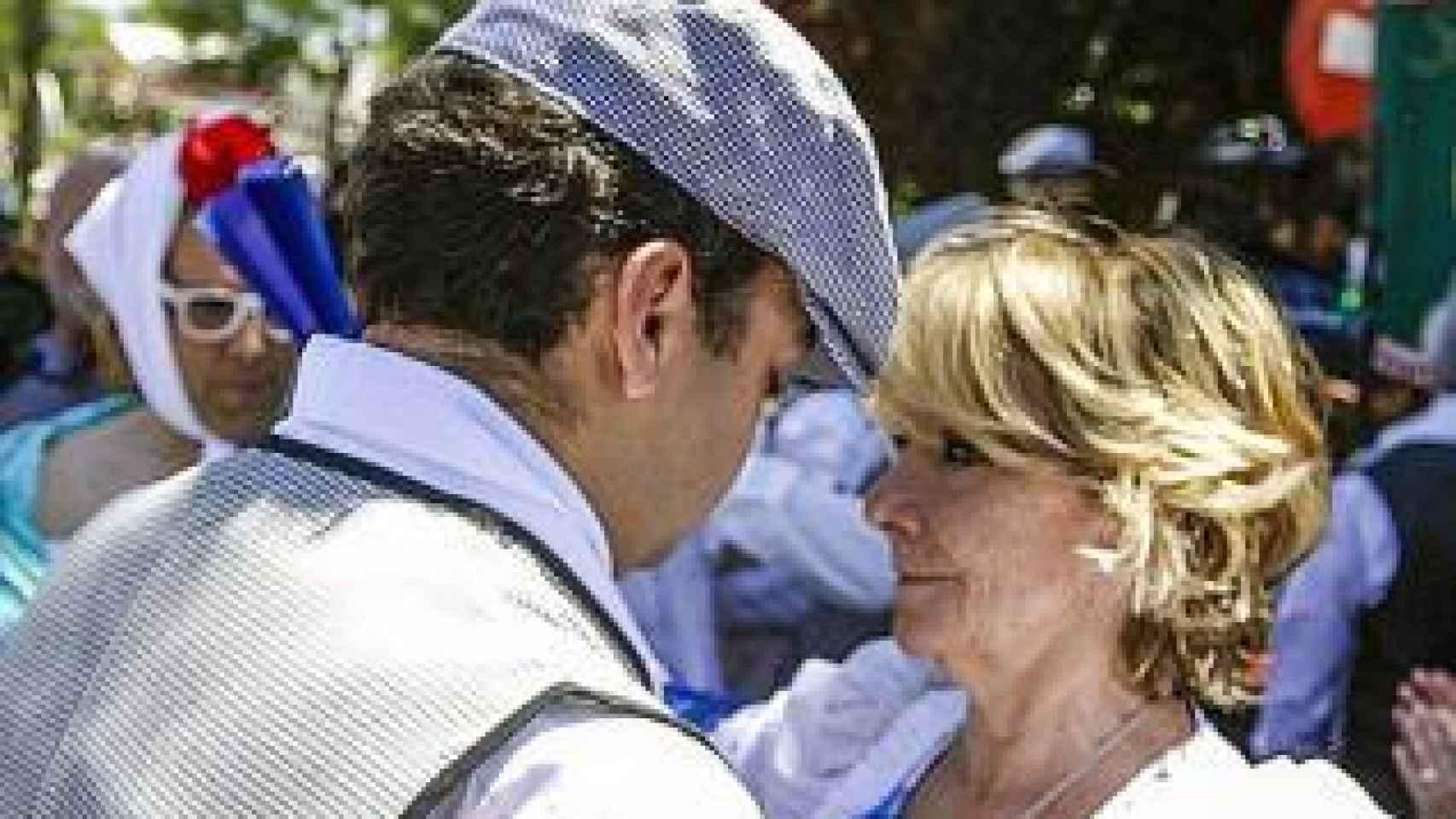 Esperanza Aguirre disfruta del la fiesta madrileña