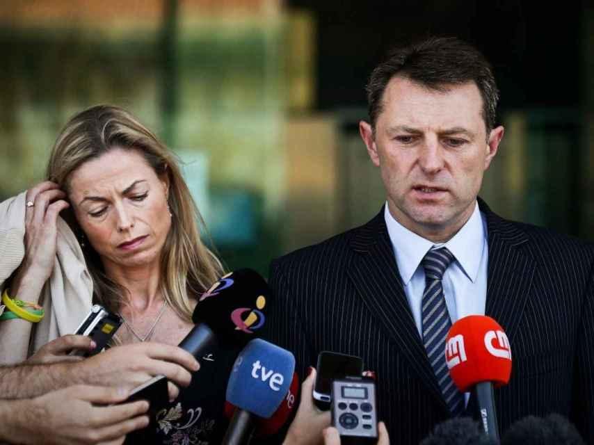 Los McCann no rehuyeron de la prensa en ningún momento.