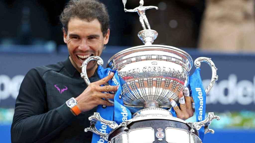 Nadal, con el título de campeón de Barcelona