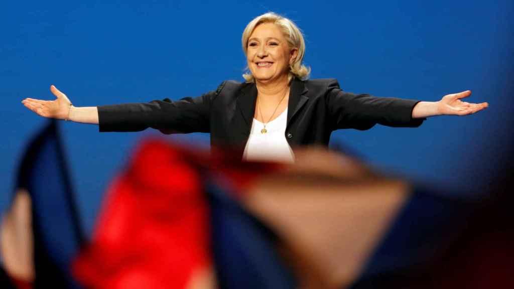 Le Pen confía en derrotar a Emmanuel Macron en las elecciones del domingo.