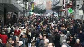 La calle Preciados de Madrid, donde abren en domingos y festivos.