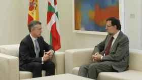 El lehendakari, Íñigo Urkullu, y el presidente del Gobierno, Mariano Rajoy