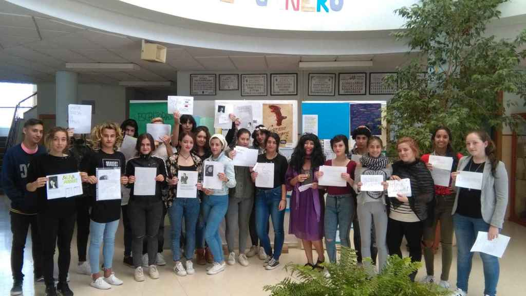 Almudena Grandes en el Instituto de Educación Secundaria Aricel en Albolote (Granada).