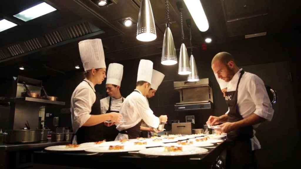 La cocina del restaurante Abac