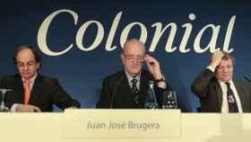 Juan José Bruguera, presidente de Colonial. A la izquierda, Pere Viñolas, consejero delegado.