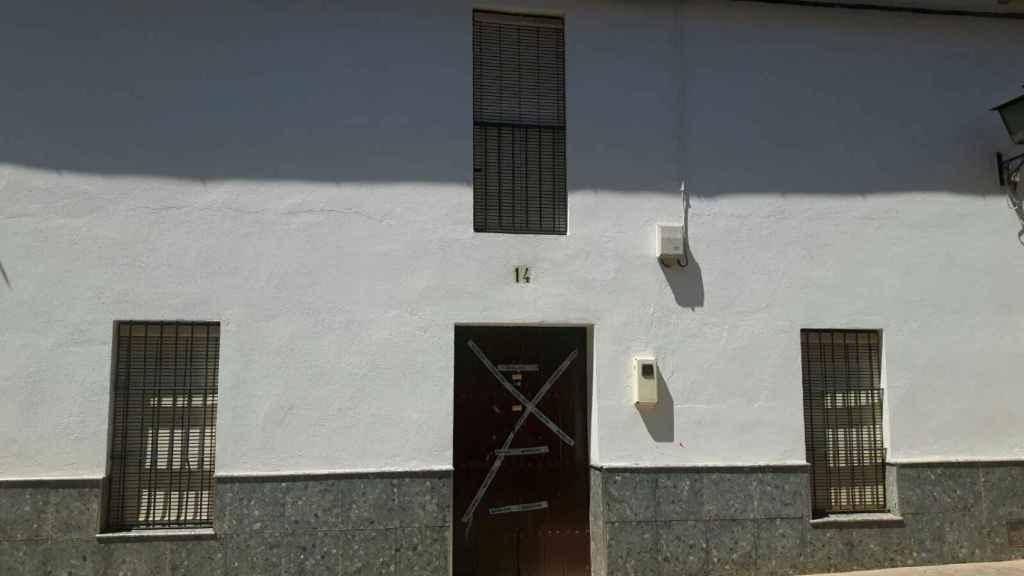 El número 14 de la calle Cádiz del pueblo sevillano Alcolea, donde residía la pareja