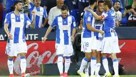 Los jugadores del Leganés celebrando el gol de Gabriel.