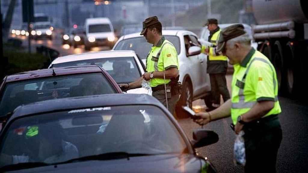 Control de carretera de la Guardia Civil.