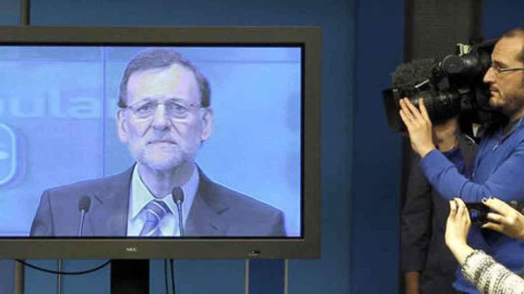 Rajoy, durante su rueda de prensa por videoconferencia de 2012.