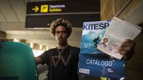 Matchu Lopes en el aeropuerto de Sevilla.