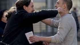 El libro sobre homosexualidad de Luis Alegre que Pablo Iglesias debe leer con urgencia