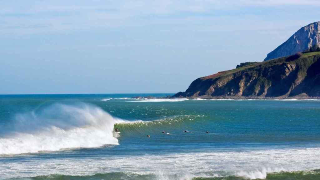 La ola de Mundaka es famosa en el mundo del surf.