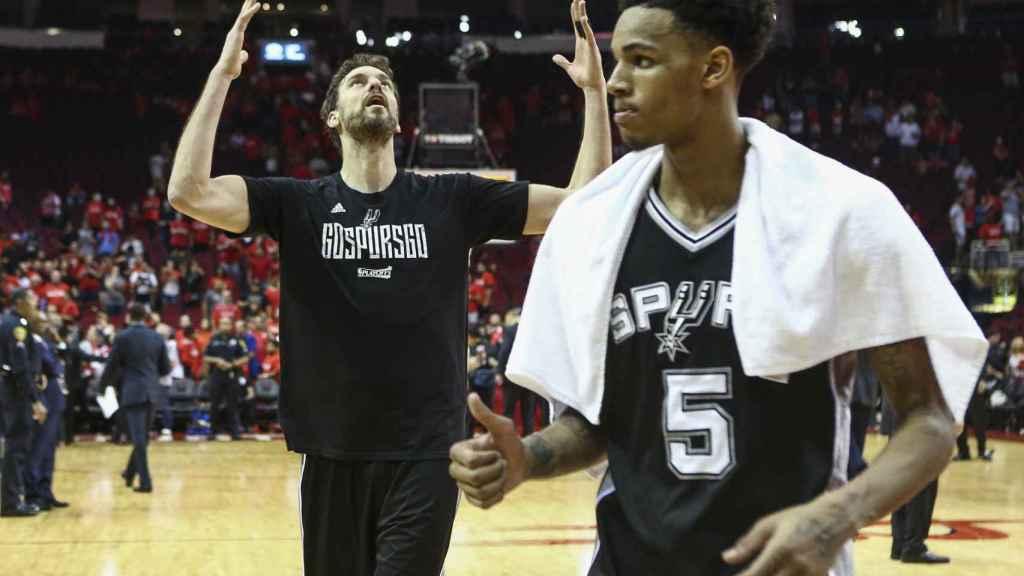 Pau Gasol celebra el pase a la final de la Conferencia Oeste de la NBA.