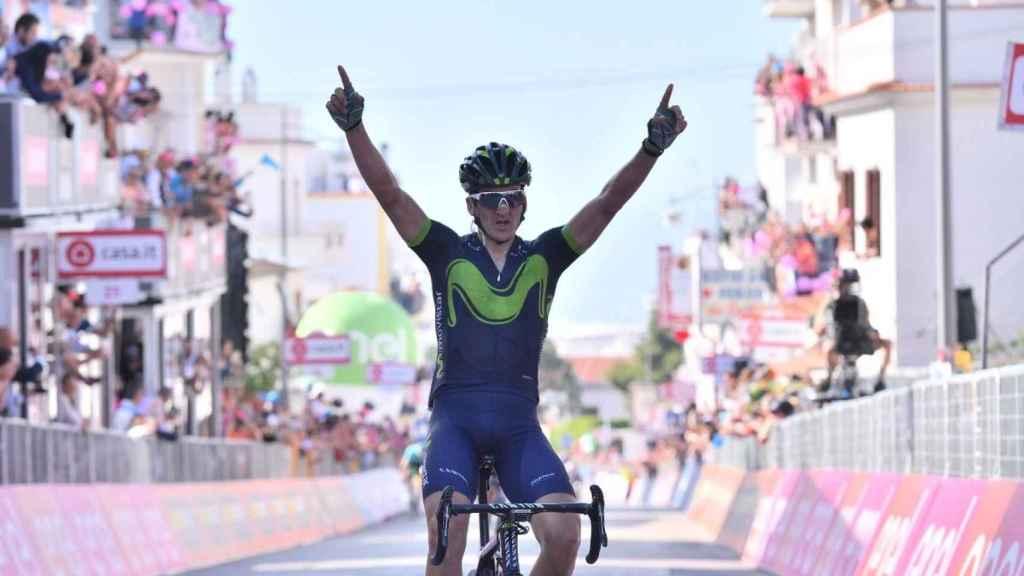 Gorka Izagirre celebra su victoria en la octava etapa del Giro.