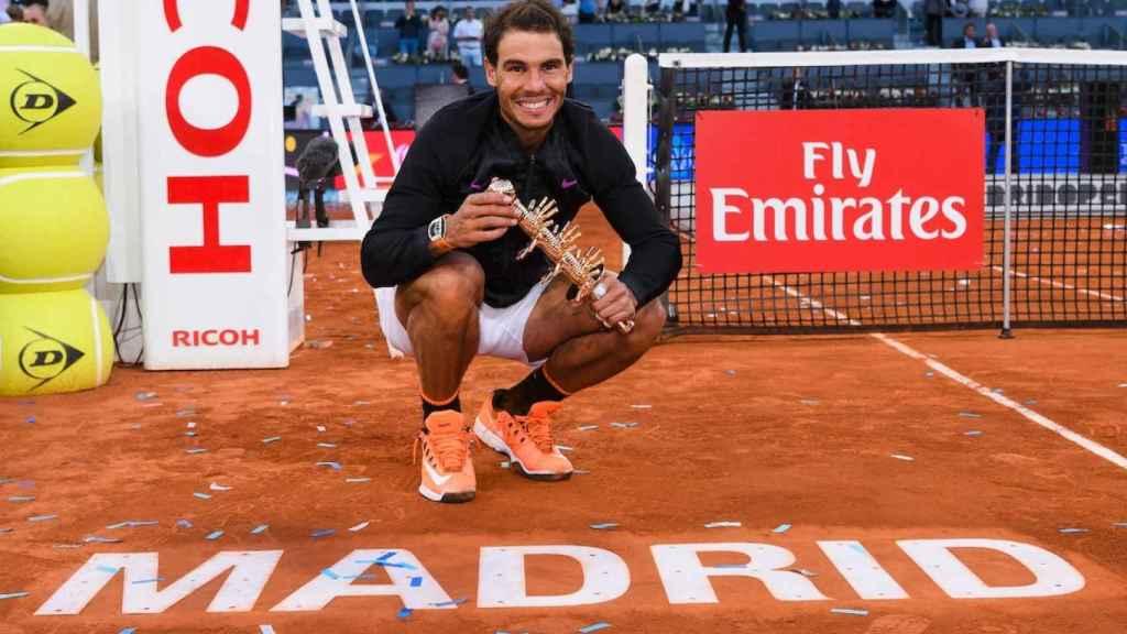 Nadal, con el título de campeón de Madrid.