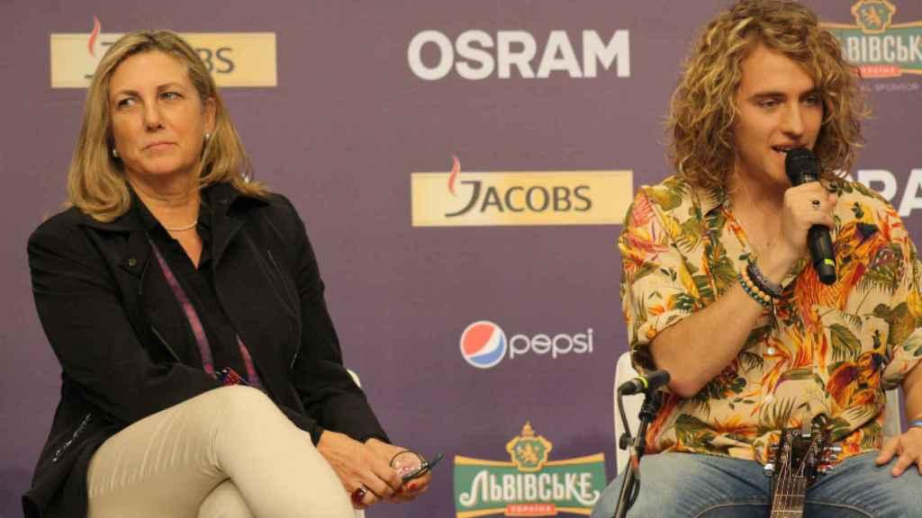 Ana María Bordas y Manel Navarro. (Foto: Bluper)